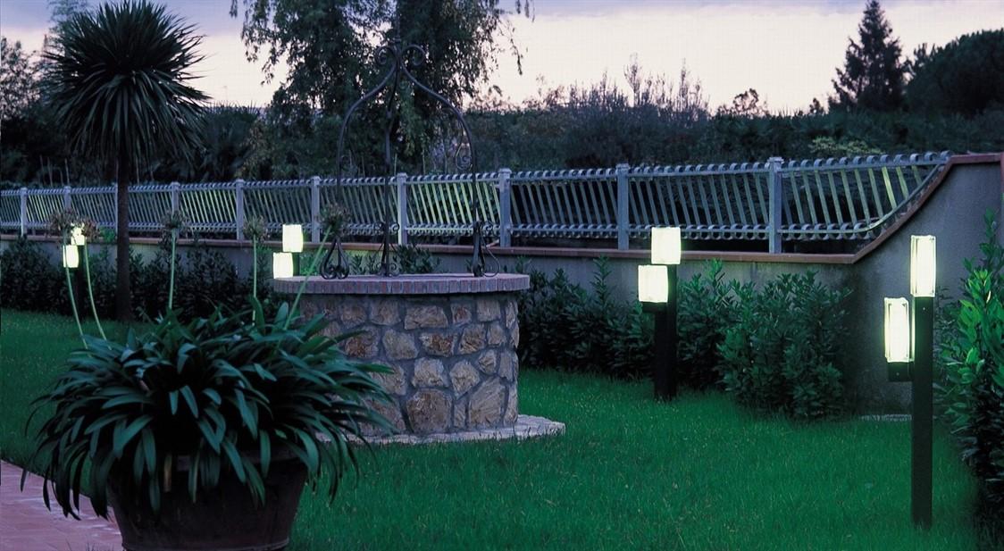 Illuminazione per esterni youlight sistemi di for Sistemi di illuminazione